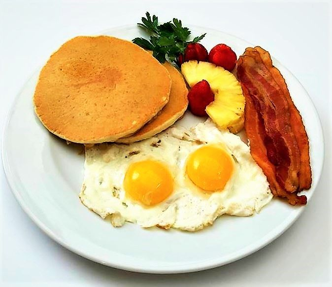 Pancakes, eggs, bacon & potatoes